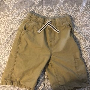 Tough skins cargo shorts, size 7
